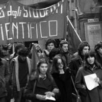 Manifestazione studenti liceo Scientifico (Archivio  Franco dell_Amore)