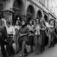 Corteo dei collettivi femministi, Modena, sd., Fondo Anna Rosa Bassoli, Centro documentazione donna