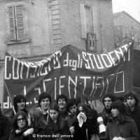 Manifestazione studentesca (Archivio Franco dell'Amore)