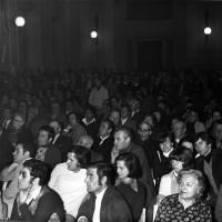 Salone Comunale. Manifestazione del Pci (Archivio MInisci) (2)