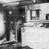 La libreria Rinascita dopo l'incendio doloso del dicembre 1968