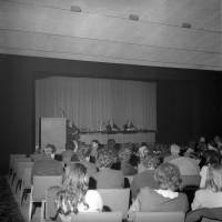 Mostra sul doposcuola alla Sala della cultura, 25 aprile 1969, Archivio Botti e Pincelli, Fondazione fotografia - Fondazione Modena Arti Visive