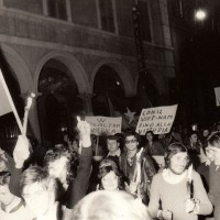 Manifestazione contro la guerra in Vietnam, Fondo Fotografico M. Minisci.