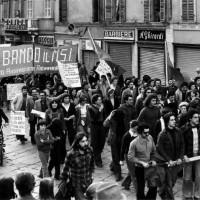 Manifestazione in via D'Azeglio. Parma, 1973. Archivio del Centro studi movimenti.