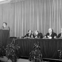 Conferenza organizzata dall'Istituto tecnico professionale di Modena presso la Sala della cultura, 1968, Archivio Ufficio stampa del Comune di Modena, Fodazione fotografia - Fondazione Modena Arti Visive