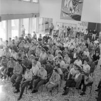 Gli operai della Fiat in sciopero, 27 giugno 1969, Archivio Botti e Pincelli, Fondazione fotografia - Fondazione Modena Arti Visive
