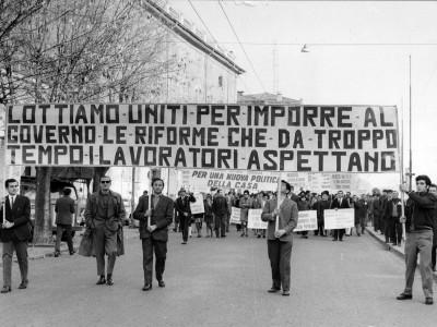 Tenda di solidarietà, piazza Mazzini