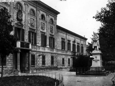 "Liceo classico ""Vincenzo Monti"", piazza Maurizio Bufalini, Cesena"