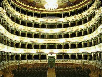 """Teatro comunale """"Alessandro Bonci"""", piazza Mario Guidazzi, 9, Cesena"""